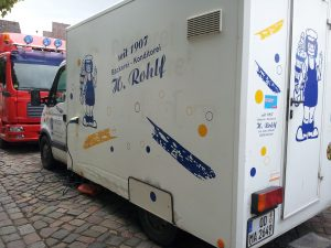 Verkaufswagen der Bäckerei Rohlf